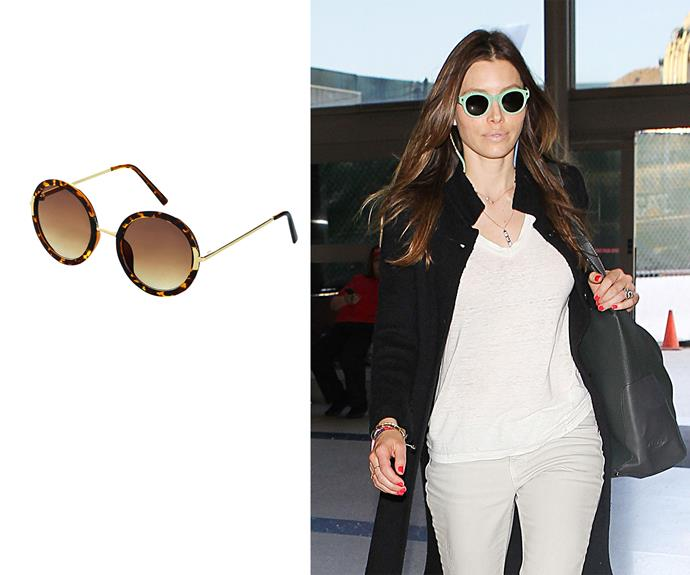 **Square face - Jessica Biel** Round lens If you have a square face shape, avoid any more sharp angles when it comes to selecting sunglasses. A square face is able to carry off a number of styles but the more circular the frame, the more flattering the look. Left: Lolita 60s, $32, Topshop.