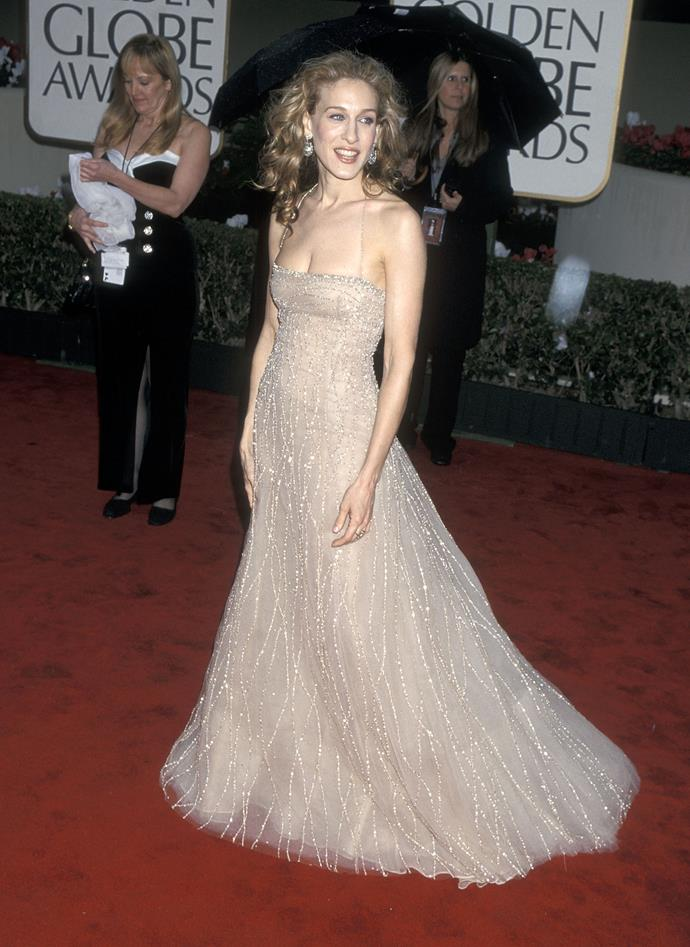 Throwback to the year 2000. Here's Sarah Jessica Parker at the 57th Annual Awards.