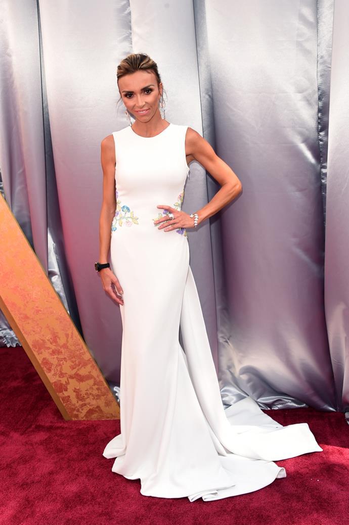 E! red carpet host Giuliana Rancic arrives at the 88th annual Academy Awards.