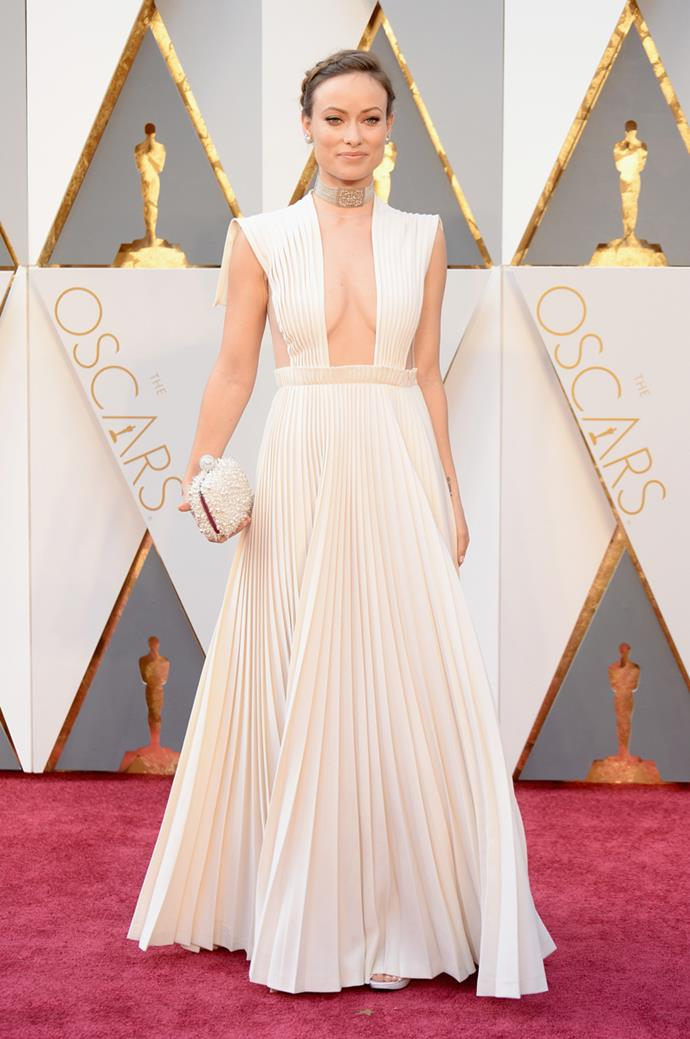 Olivia Wilde arrives at the 88th annual Academy Awards.