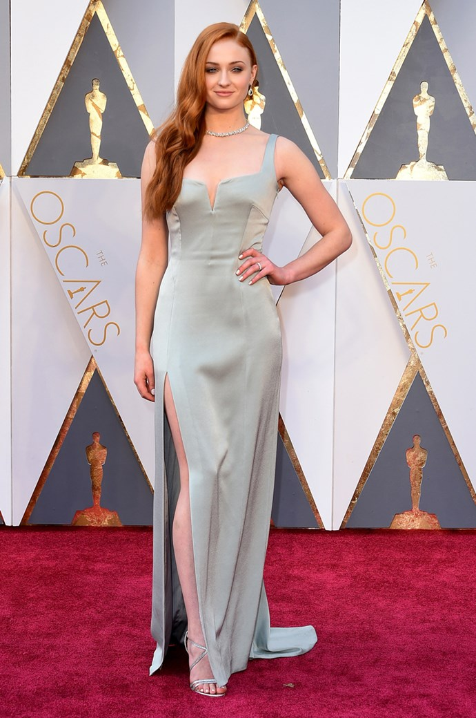 Sophie Turner arrives at the 88th annual Academy Awards.