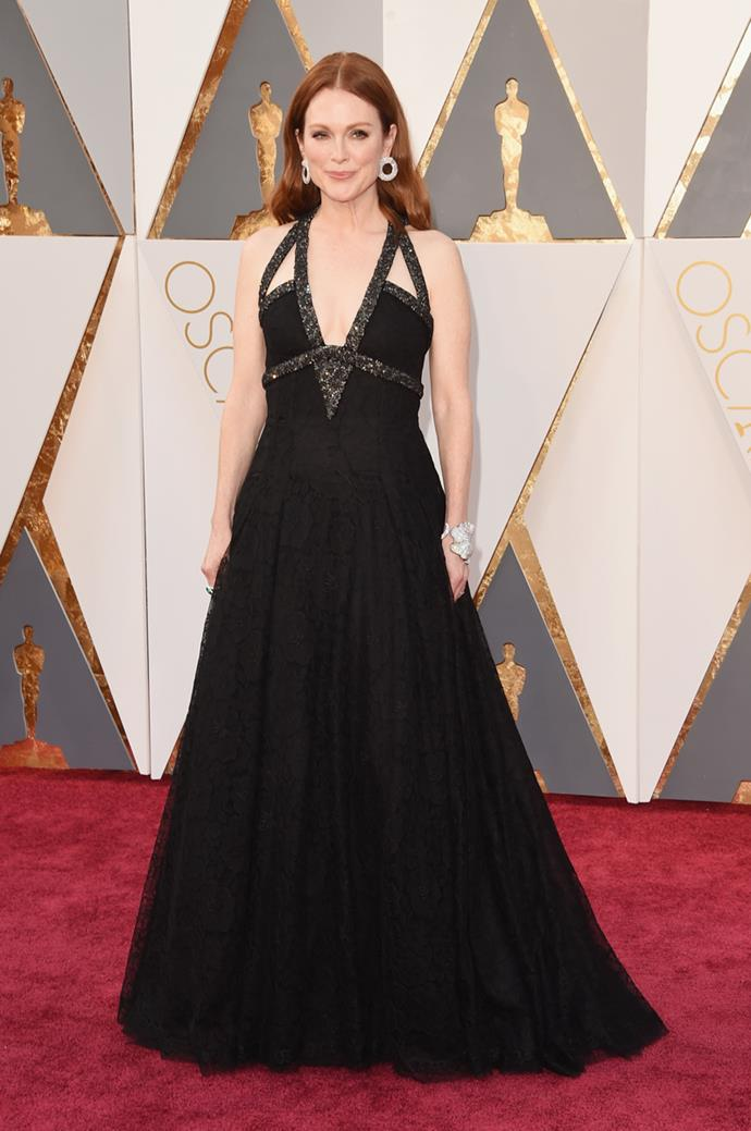 Julianne Moore arrives at the 88th annual Academy Awards.