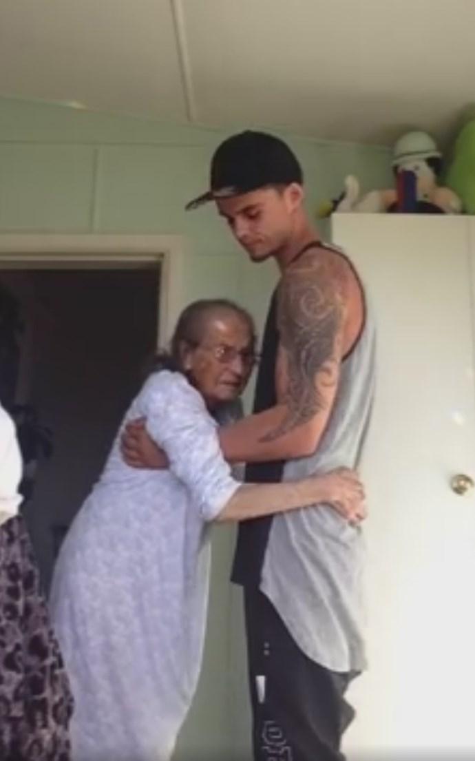 Kiwi grandson dances with nana in touching viral video