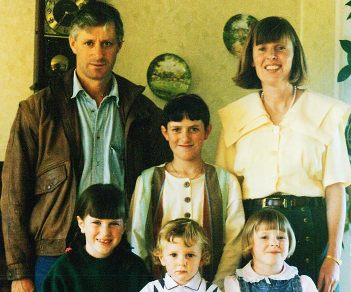 Pat and Lyn with their kids Kate, Ainslie, Lucas and Steph.
