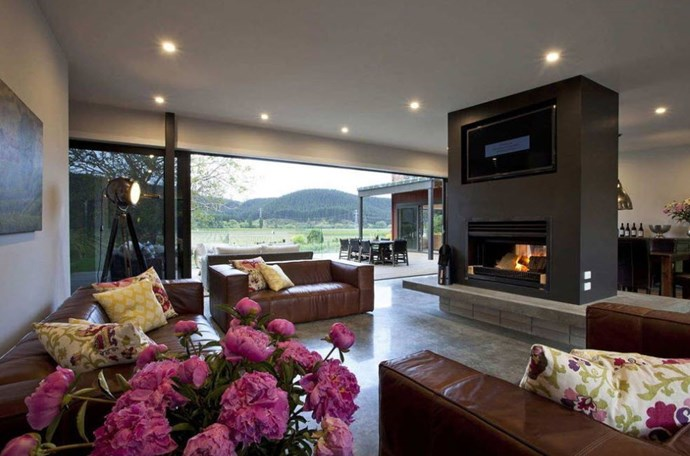 "**Luxury Vineyard Villa, Hawke's Bay** ""Sleeps up to 18 in 8 bedrooms, 7 bathrooms, multiple indoor and outdoor living areas, BBQ arena, outdoor jacuzzi and large swimming pool, all set overlooking our beautiful private Hawke's Bay vineyard."" [See the full ad here]( https://www.airbnb.co.nz/rooms/8995243?s=IAr9ol_l)"