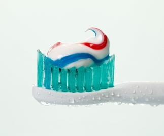 10 unusual uses for toothpaste you'd never have expected