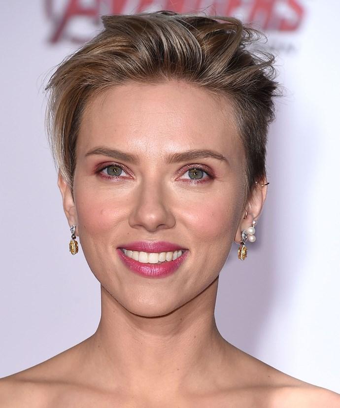Scarlett Johansson arrives in New Zealand