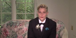 Girl wears tux to prom and is turned away