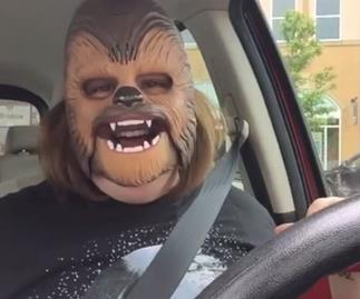 This Star Wars fan might be the happiest person you see all day