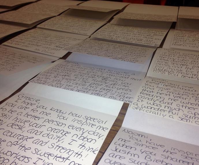 Teacher writes inspirational notes to class