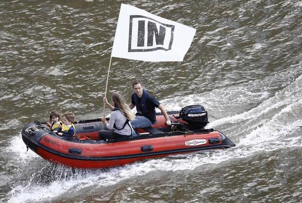 Just 24 hours before her death - Jo and her family took to the Thames to campaign for the UK to remain in Europe
