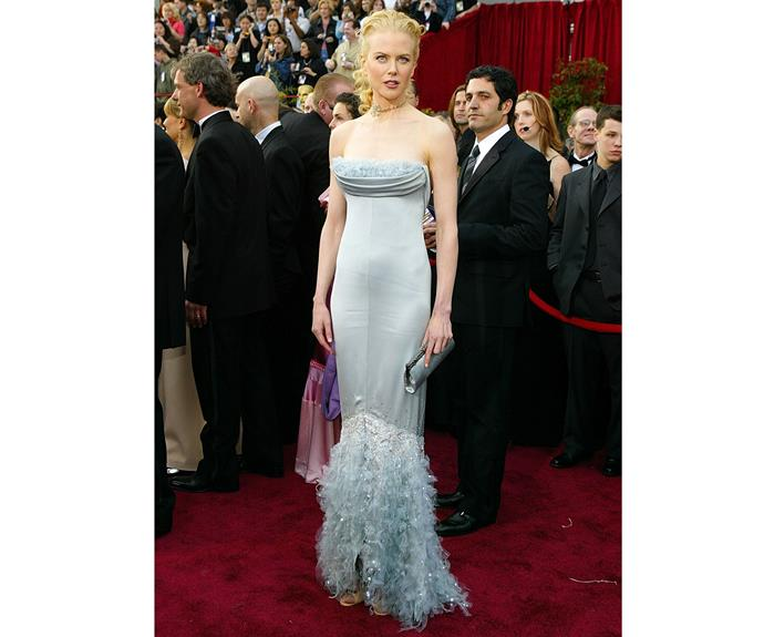 Nicole's dress at the 76th Annual Academy Awards in 2004 made us wonder if she was going to swim away. The bubble-blue mermaid dress was certainly a stunner!