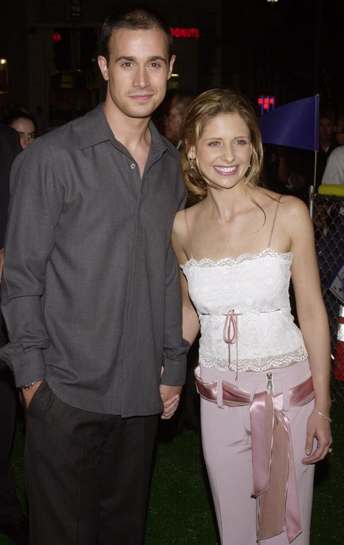 **Sarah Michelle Gellar & Freddie Prince Jr (14 years)** Unlike many marriages of the same era, Sarah and Freddy's has endured. They were just fresh faced teen stars when they met on the set of *I Know What You Did Last Summer,* and by the year 2000, they were dating. They married in 2002 and have gone onto have two children together.