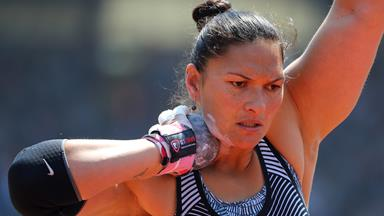 Watch Valerie Adams' totally intense Olympics workout