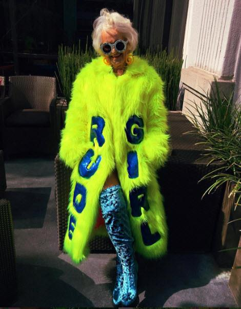 A Rihanna-inspired outfit. Photo via [Instagram](https://www.instagram.com/baddiewinkle/)