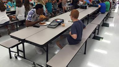 Mum's heartwarming message to football player who befriended her autistic son: 'Today I didn't have to worry if my sweet boy ate lunch alone'