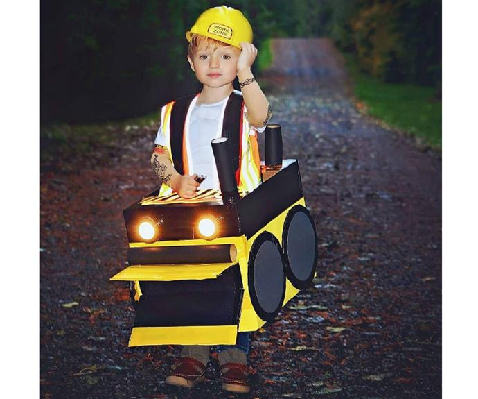 """**Bulldozer driver** A little bit of cardboard goes a long way to make a train or car or bulldozer - get your child involved with some toilet paper rolls and a couple of shoeboxes! You could even take another approach and be a present, or even a cellphone.  [advgirl24](https://www.instagram.com/p/BKqxnUBA5K5/