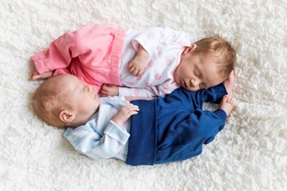 Babies under one year should sleep in parents' room, study reveals