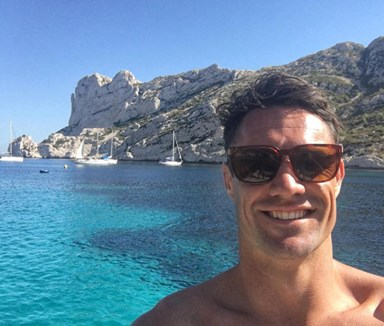 Dan Carter enjoys loved up Italian holiday with wife Honor