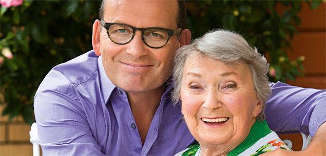 Paul Henry mum dies