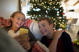 Ways to get the family to use tech less over the holiday