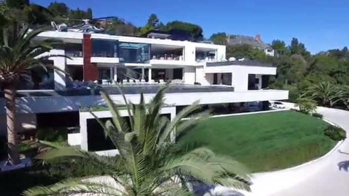 Super mansion