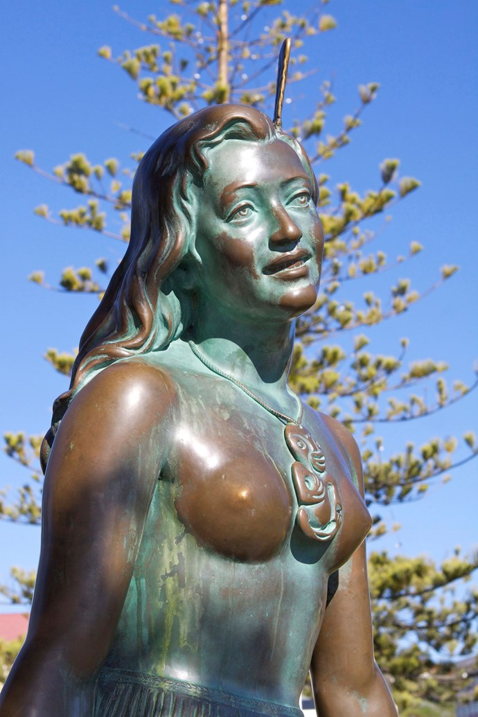 **21** What's the name of the famous statue of a Maori maiden on Marine Parade, Napier?  (Wait for the final slide for answers)