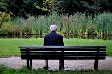 90-year-old shares his tips on how to stop loneliness