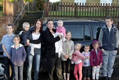 UK mum of 12 says she's 'addicted' to having babies