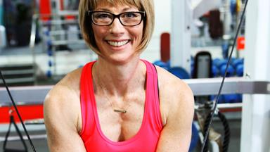 How beating cancer turned this Auckland mum into a bodybuilder