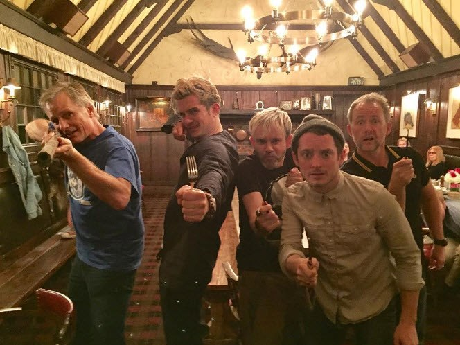 "So when Viggo Mortensen, Orlando Bloom, Dominic Monaghan, Elijah Wood and Billy Boyd reunited in the pub - they had to pose for a reunion snap. ""They have a cave troll"" Dom captioned the image."