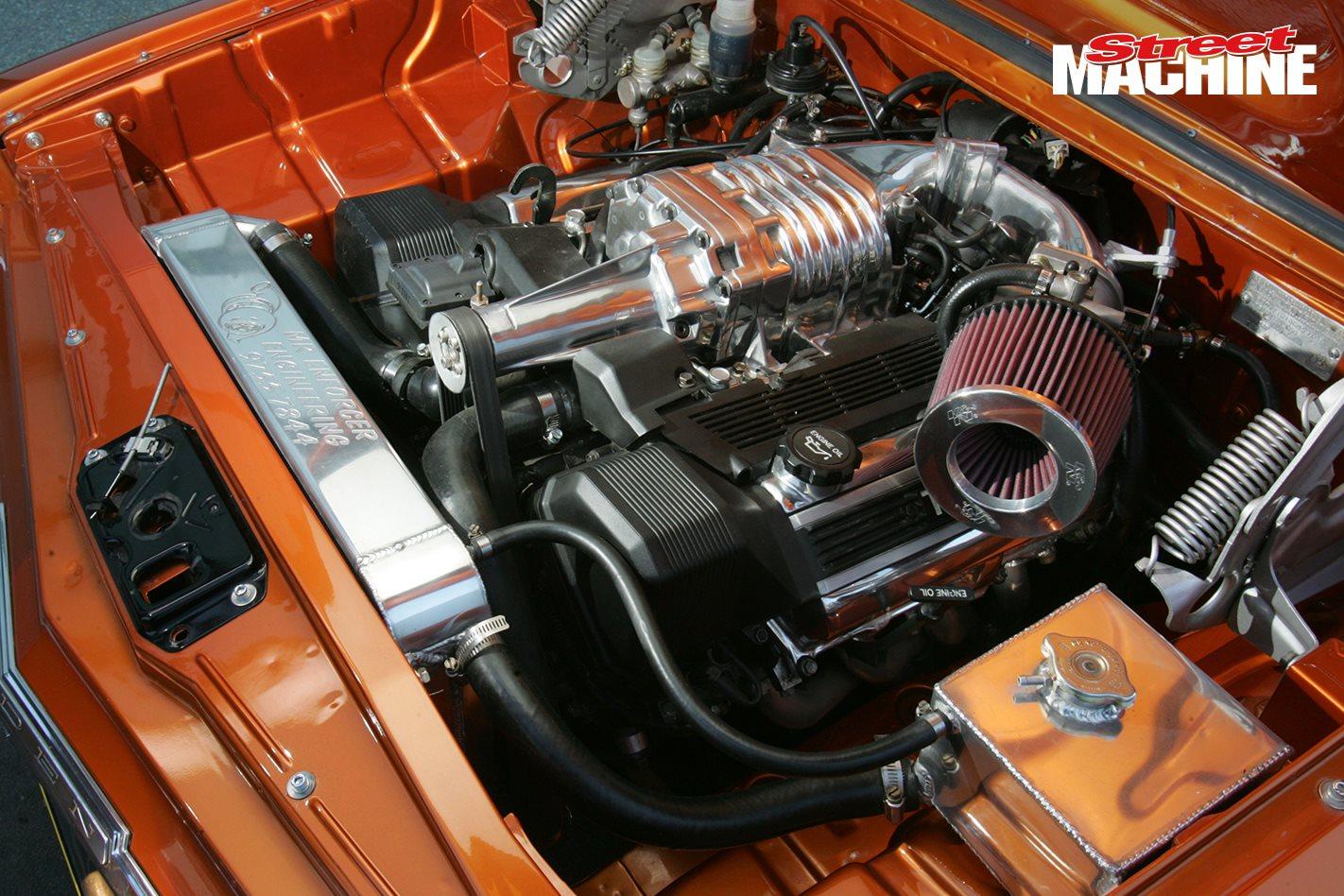 LEXUS V8-POWERED EH HOLDEN