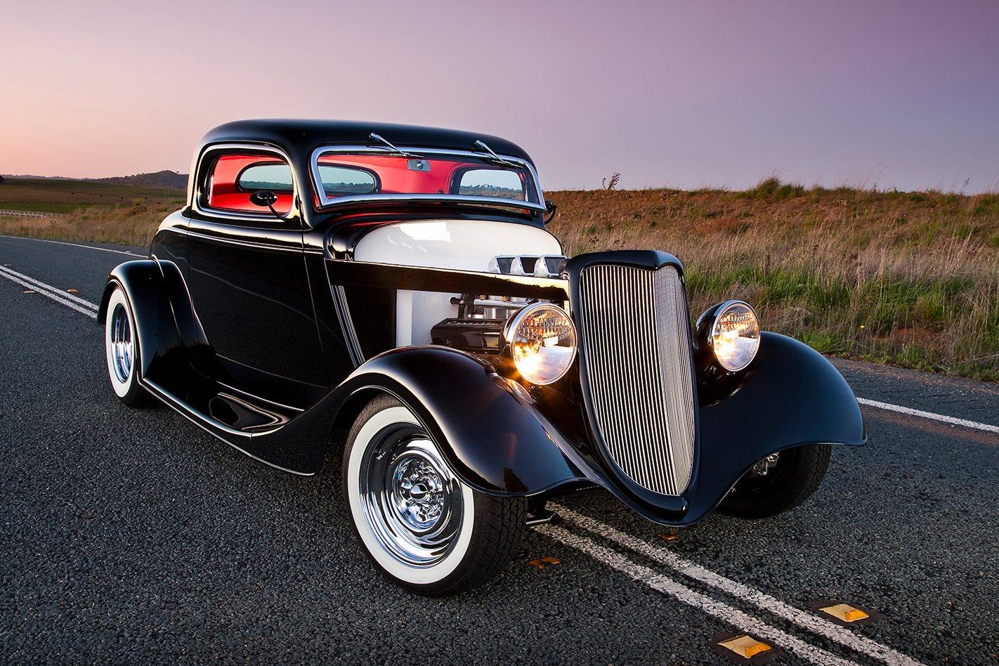 454ci 1934 Ford Three Window Coupe
