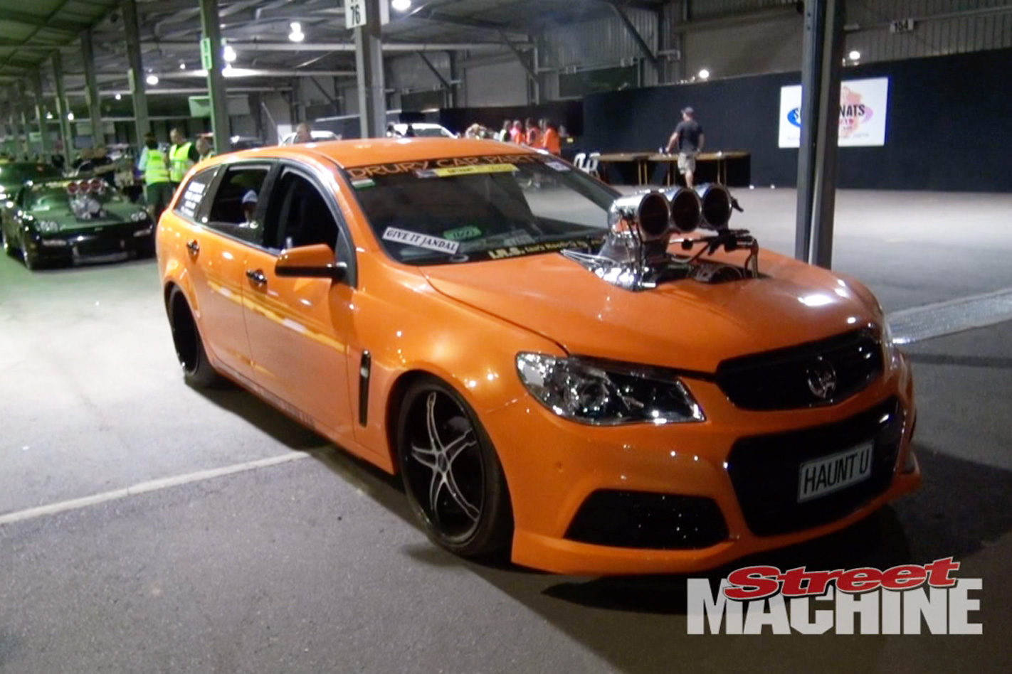 VF Commodore wagon burnout