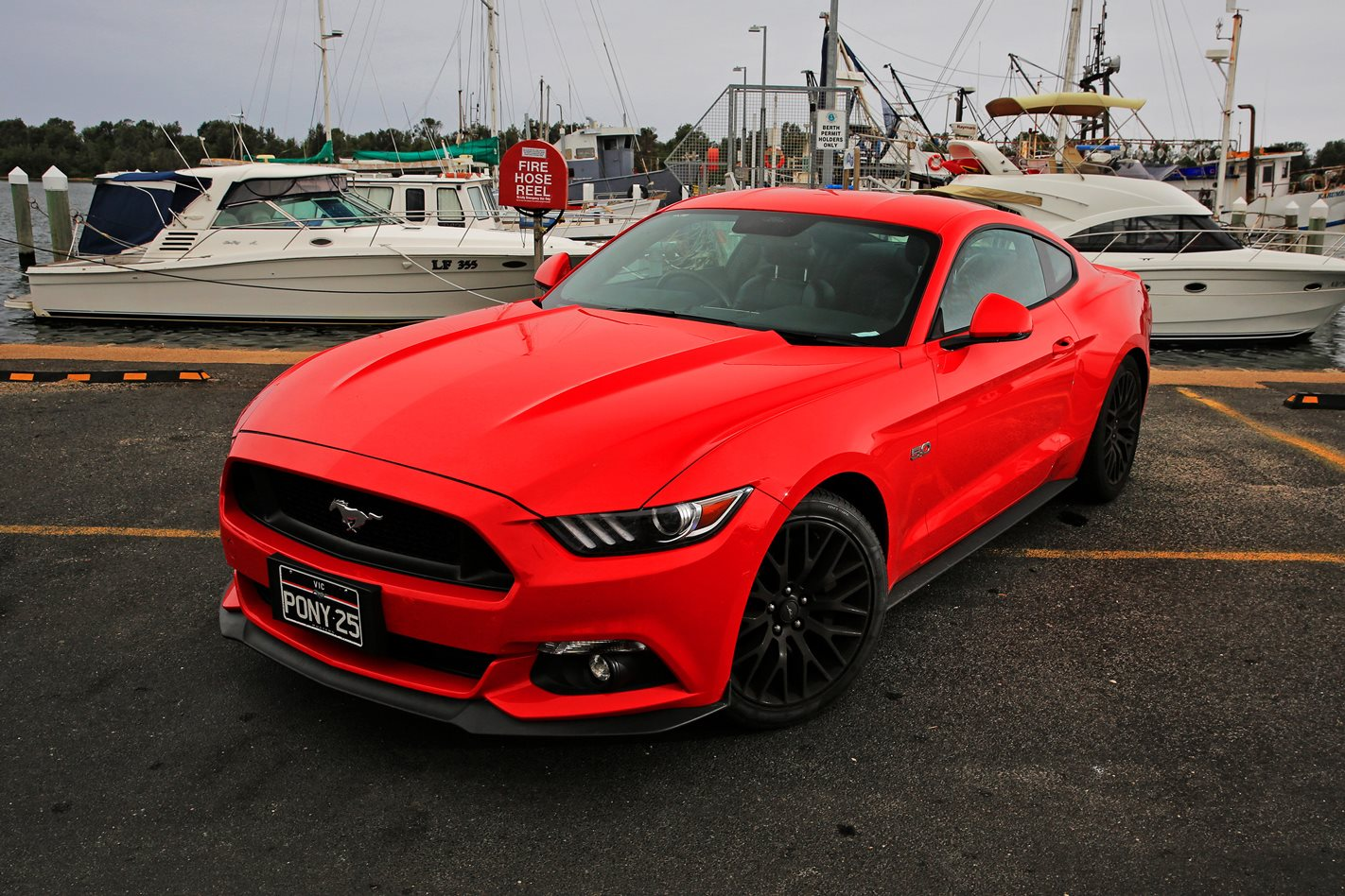 Driving the ford mustang gt video