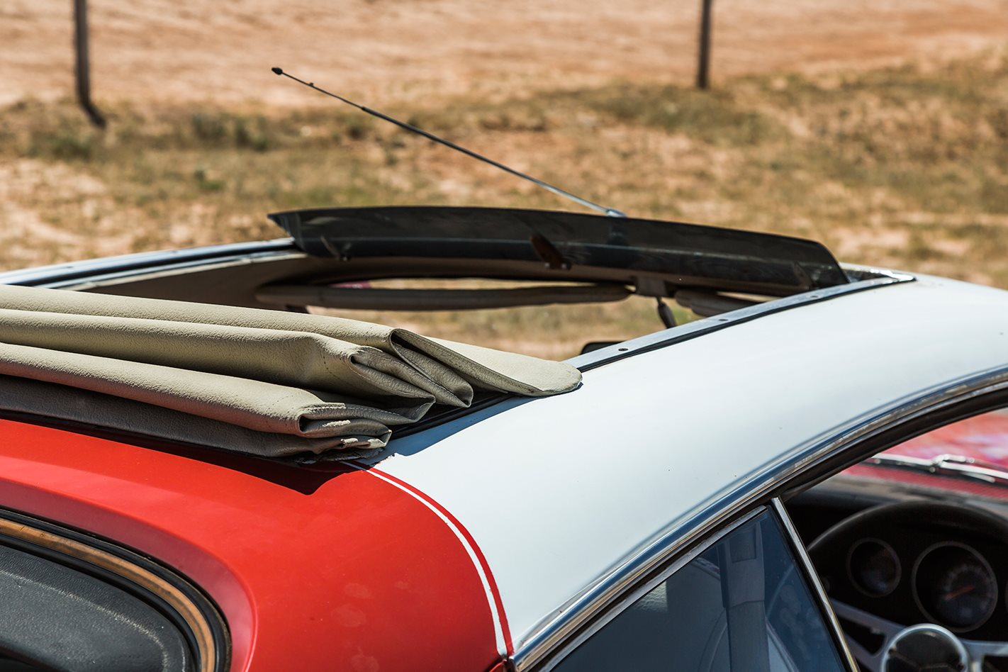 Chrysler VJ Valiant Charger sunroof