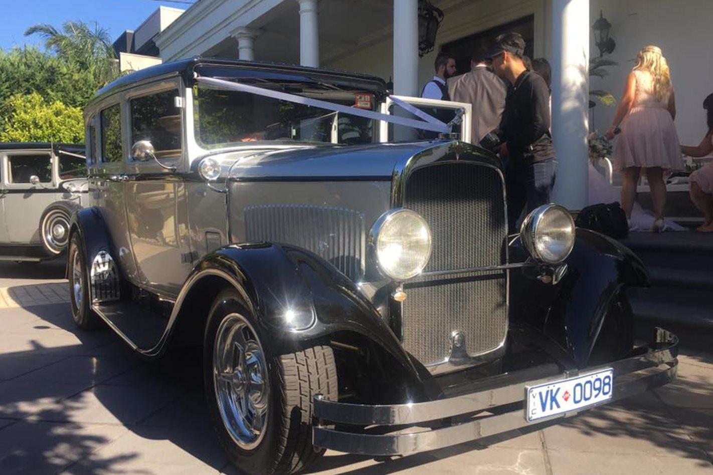 Jared Mills wedding car