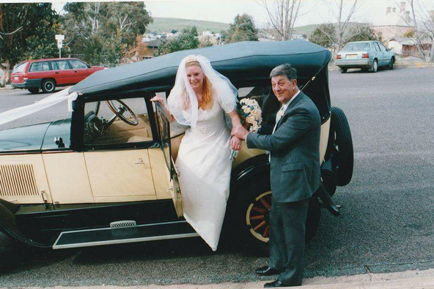 Louise Gladman's 1927 Buick wedding car