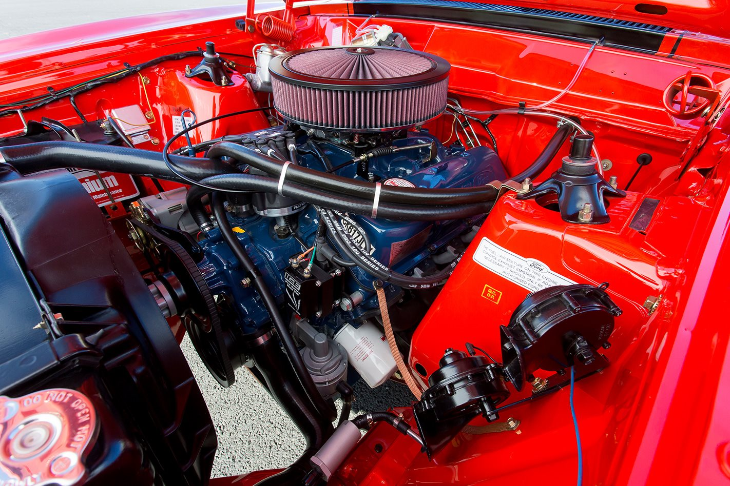 Ford Falcon XB GT hardtop engine bay 2