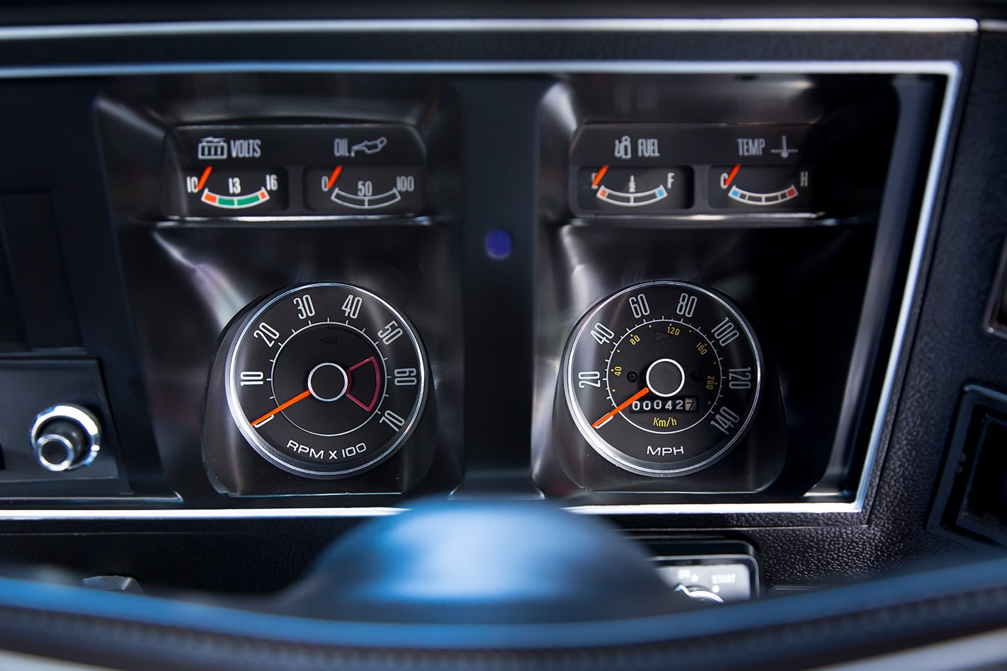 Ford Falcon XB GT hardtop dash gauges