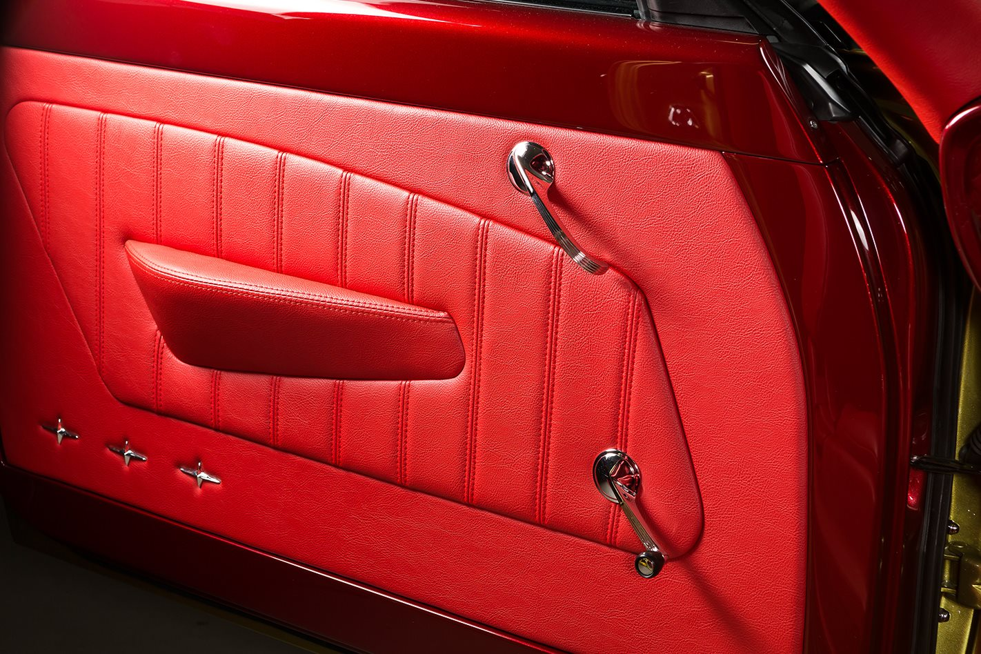 Tailspin FB Holden door trim