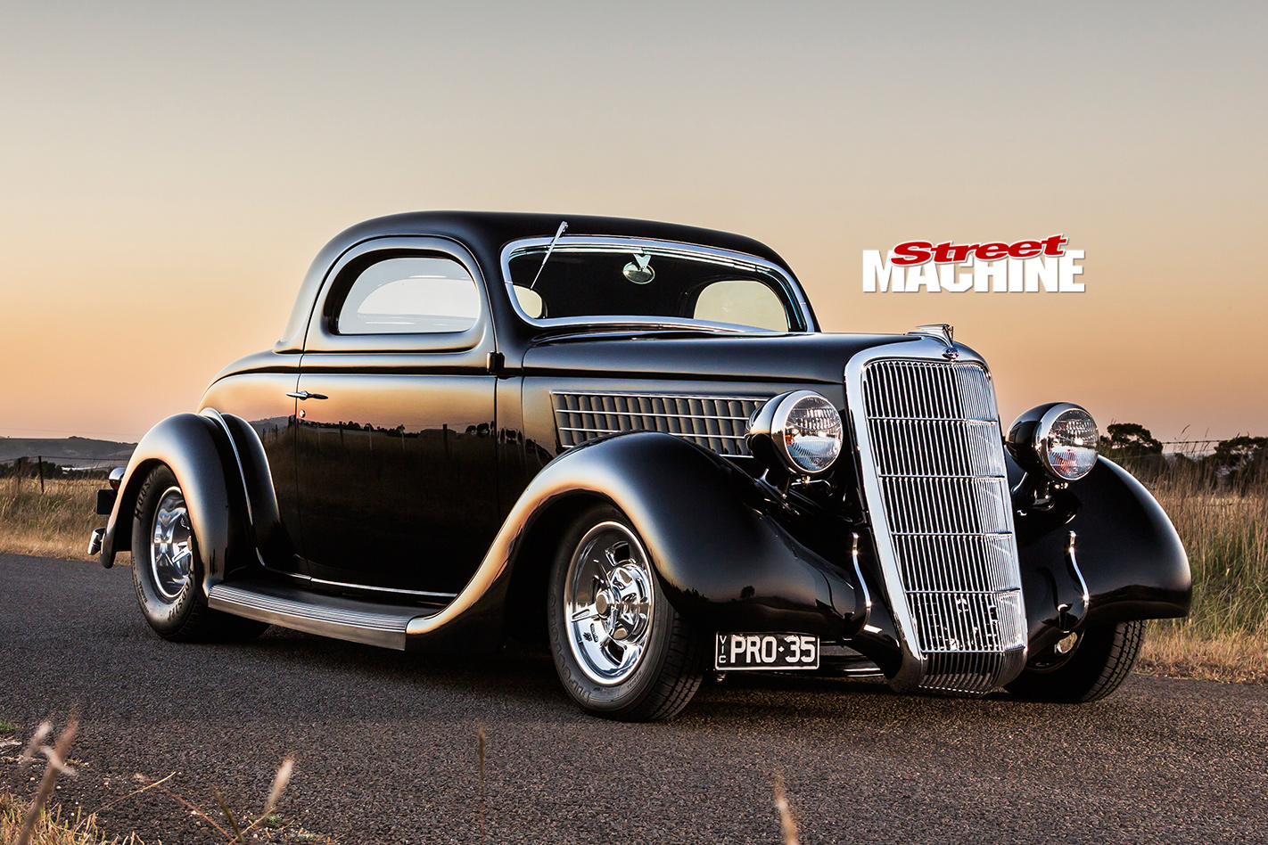Tubbed and blown 1935 ford 3 window coupe pro 35 street for 1935 ford three window coupe