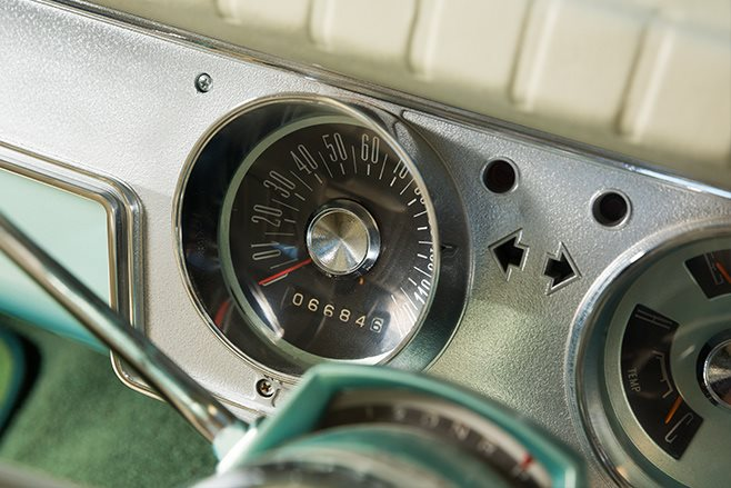 Chrysler VC Valiant gauges