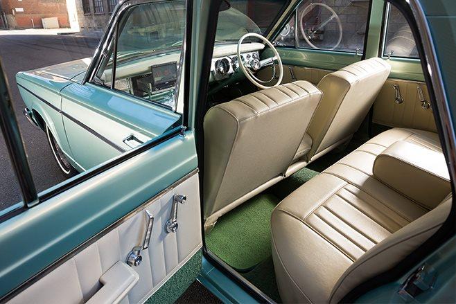 Chrysler VC Valiant interior