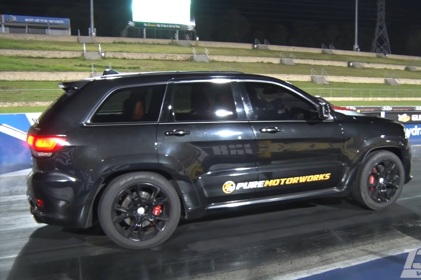 World S Fastest Jeep Grand Cherokee Srt Video Street