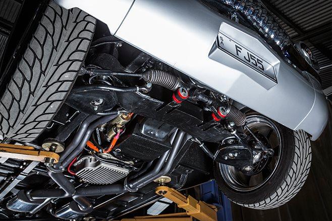 Holden FJ underneath
