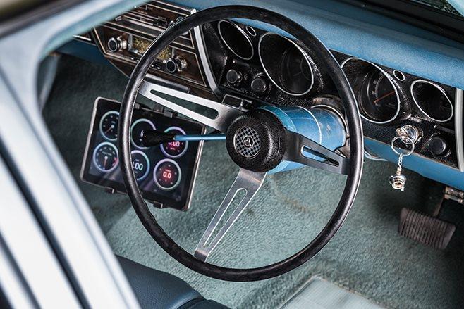 Holden HG dash