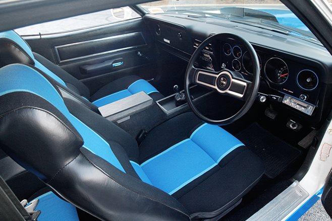 Ford Falcon XC Cobra interior