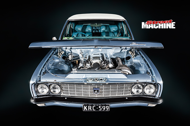 Holden HG engine bay