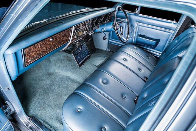 Holden HG interior